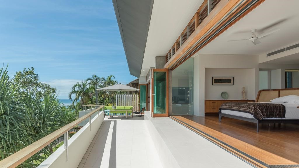 TPG Architects Palm Cove Residence 12.jpg
