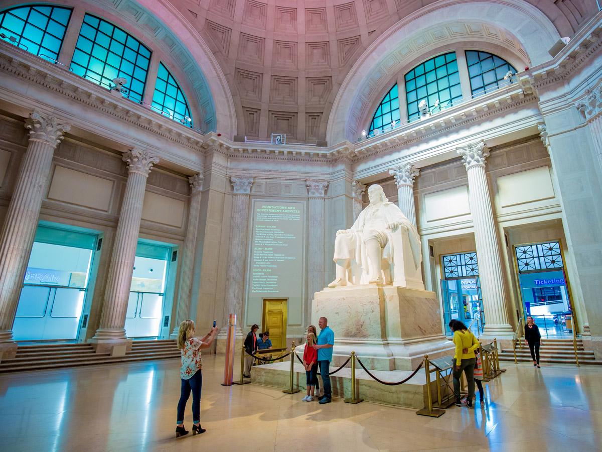The-Franklin-Institute-Franklin-Statue-J-Fusco-1200VP.jpg
