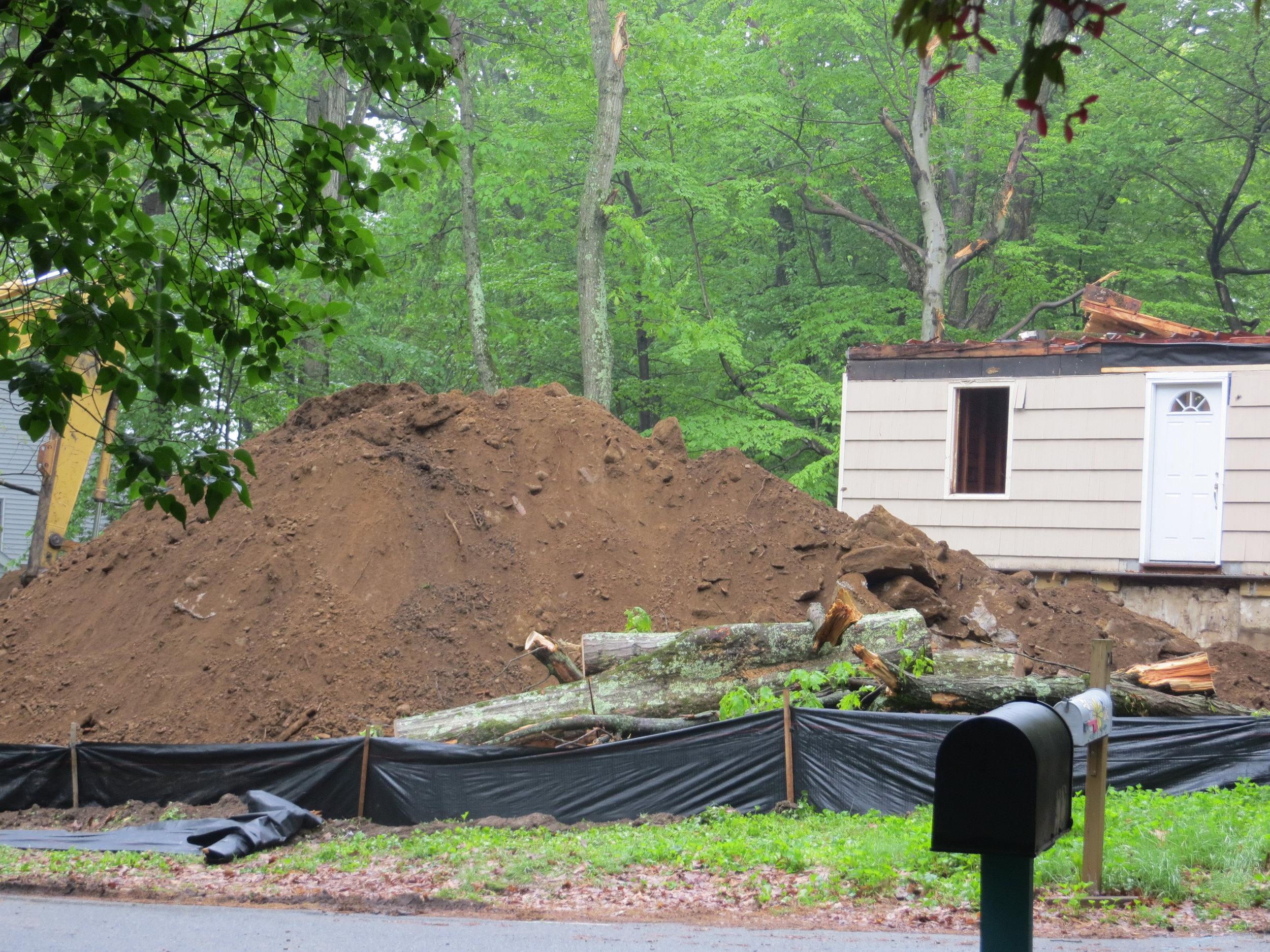 2014 05 22nd Carl's House & Yard (2).JPG