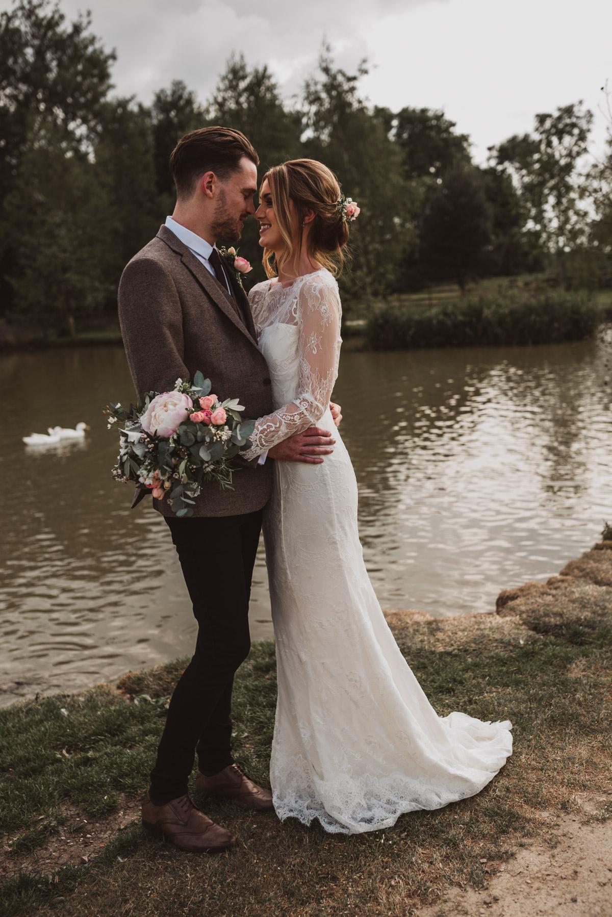 natural wedding charnock farm cheshire (61 of 117).jpg