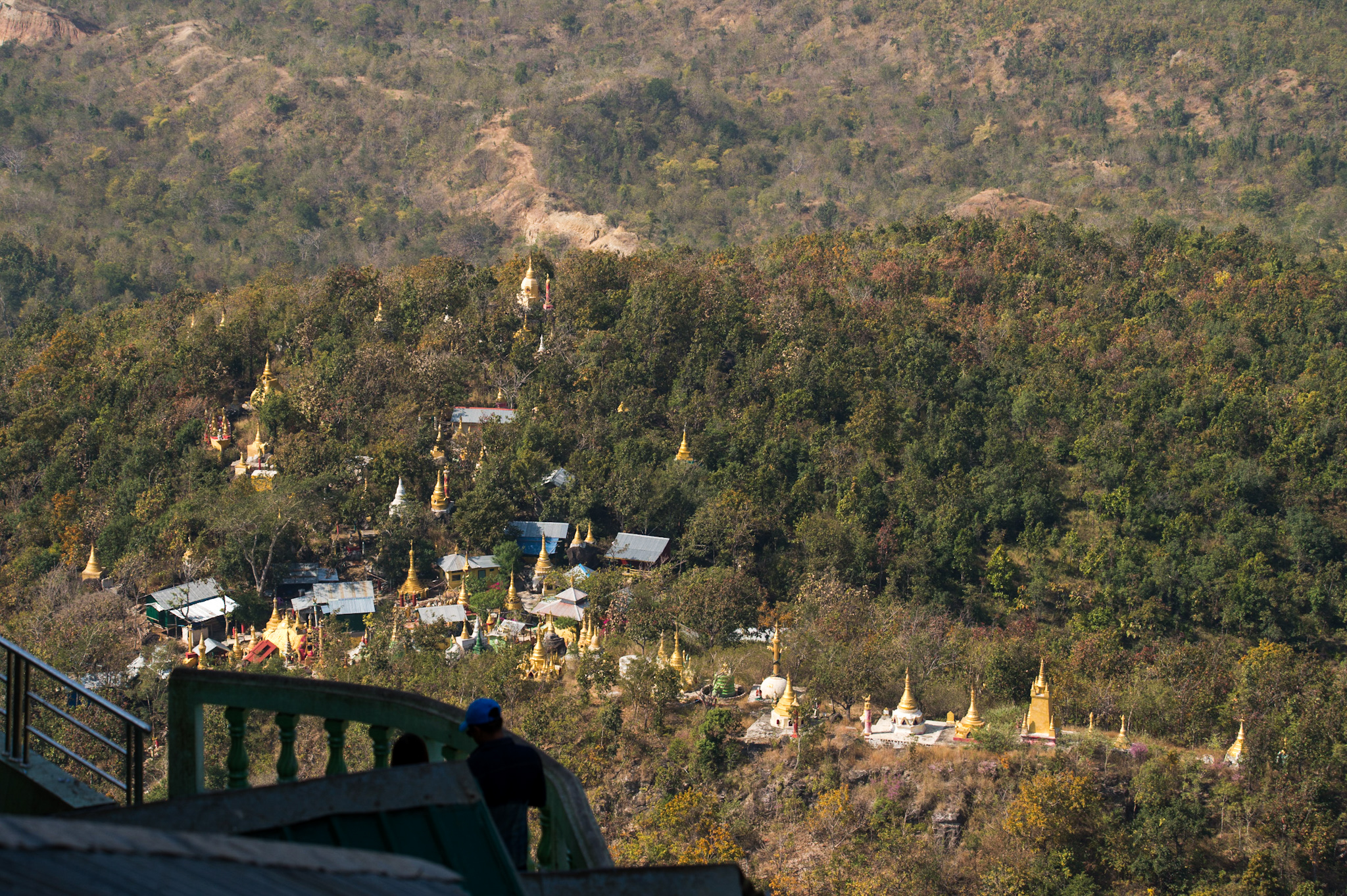 Hey look, a ton of Golden temples strewn about a vast hillside. Weird, I know. 😉
