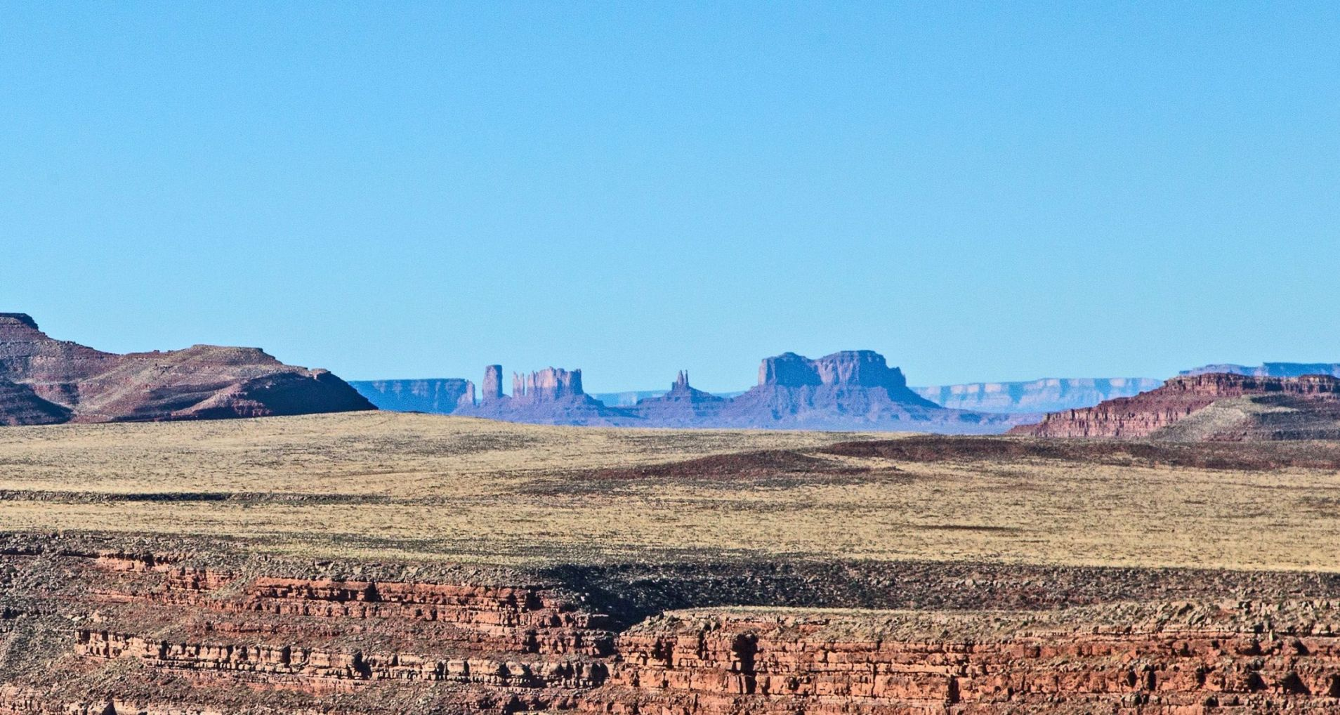 Goosenecks with Monument Valley in the Distance