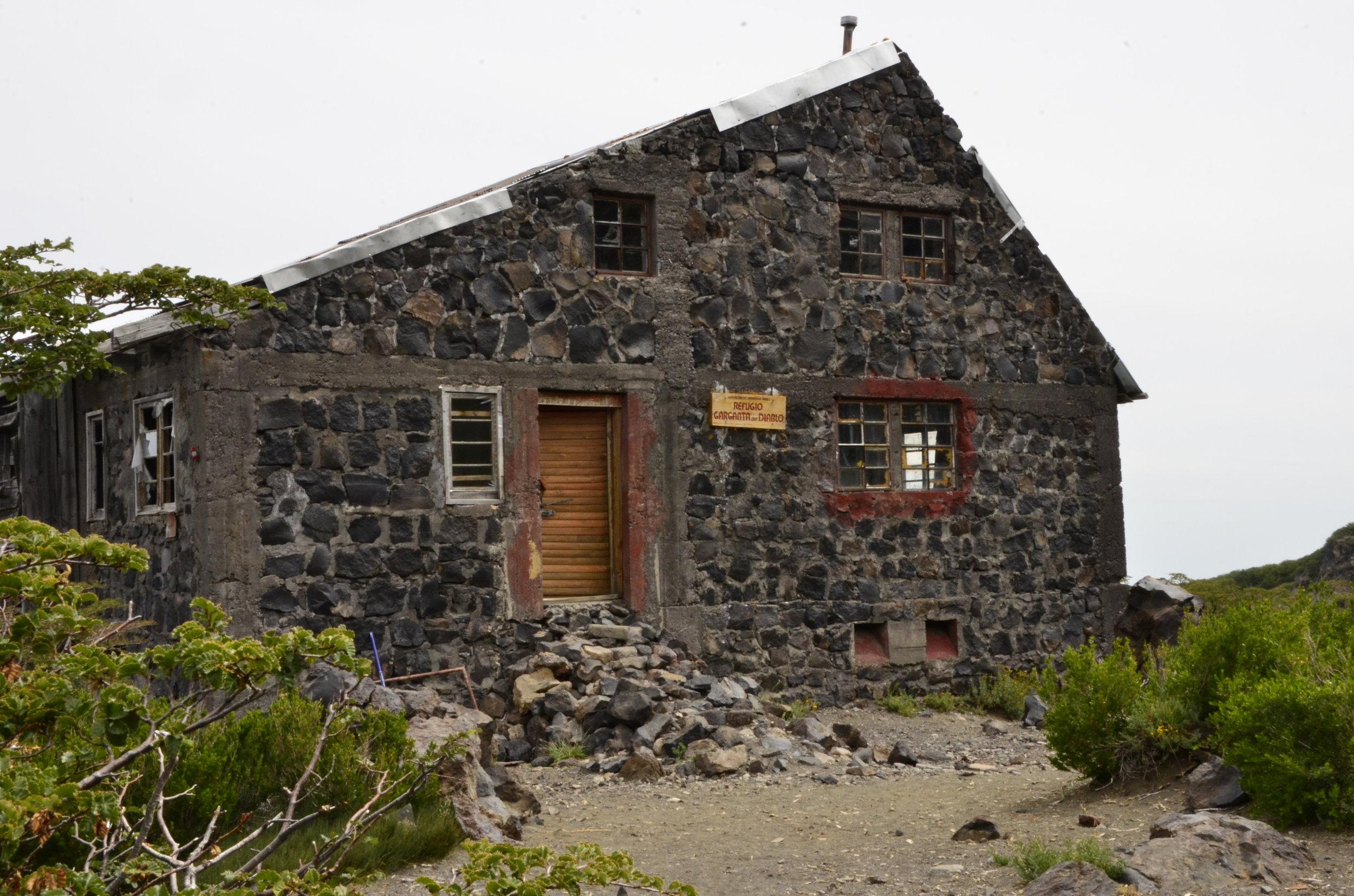7. Refugio Garganta del Diablo en la actualidad - © René Galindo, 2017