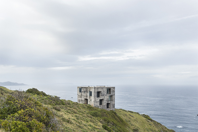 Casa POLI - Pezo von Ellrichshausen © Francesca Iovene