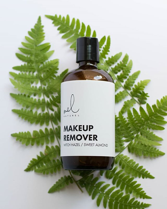 Witch hazel and sweet almond oil will gently remove any type of makeup naturally. Try our Makeup Remover today using the link in our bio 🌿👆