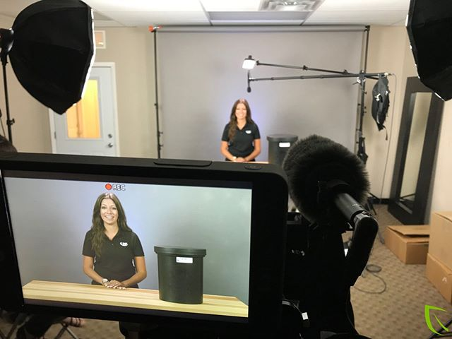 Back by popular demand, @ashleyrayphotography has returned to her starring role in @usplastic product videos!⠀ ⠀ #sellyourproducts #oncamtalent #productvideos #productshoot #smallhd #studio #lighting #camera #videoproduction #videobranch #usp #westcottlighting