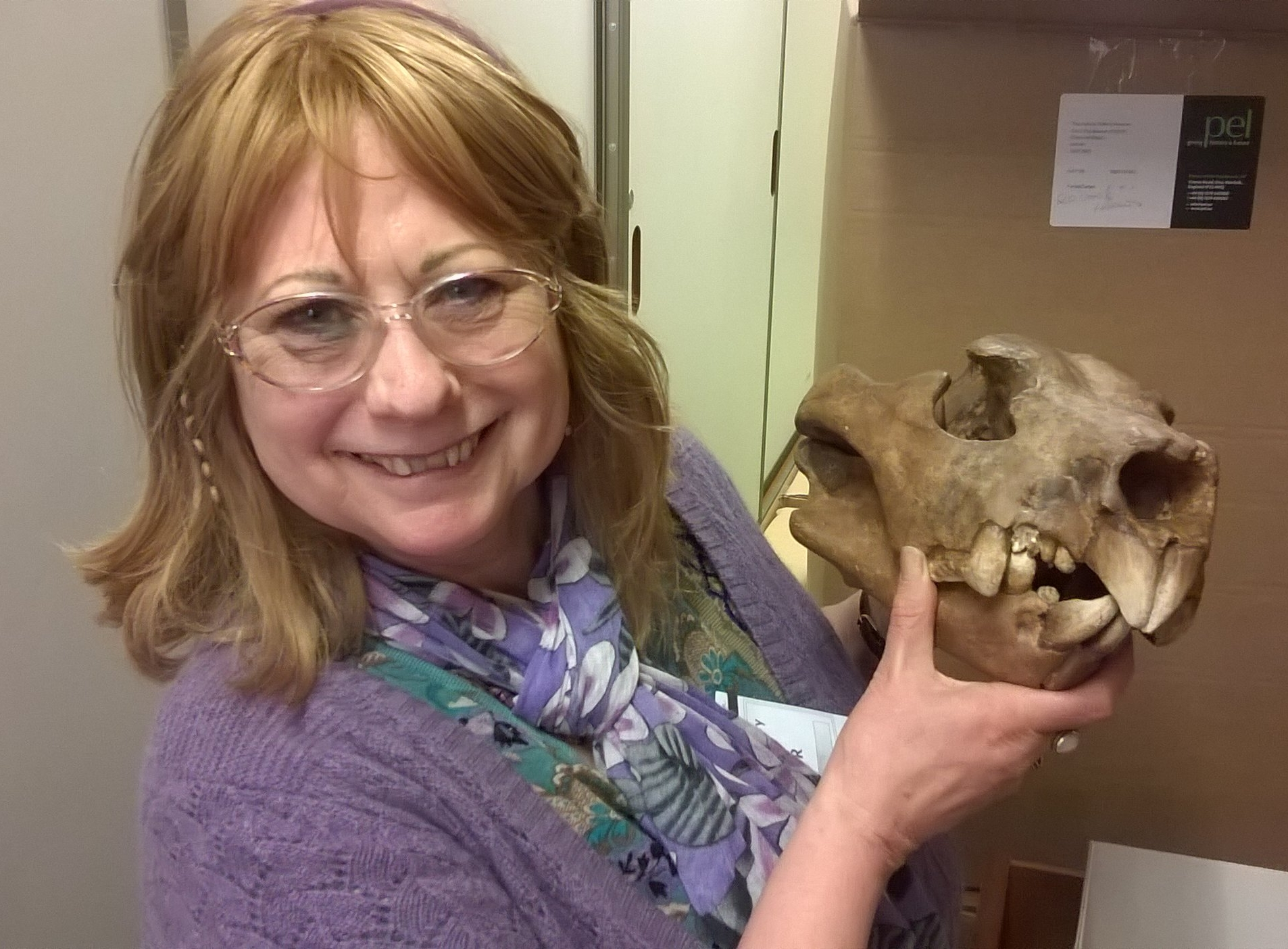 CMJ & cast of Thylacoleo NHM April 2015.jpg