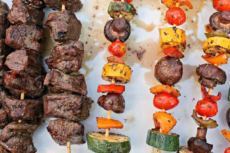 Pepper Steak Shish-Kebabs with Georgia Jams Pepper Jelly