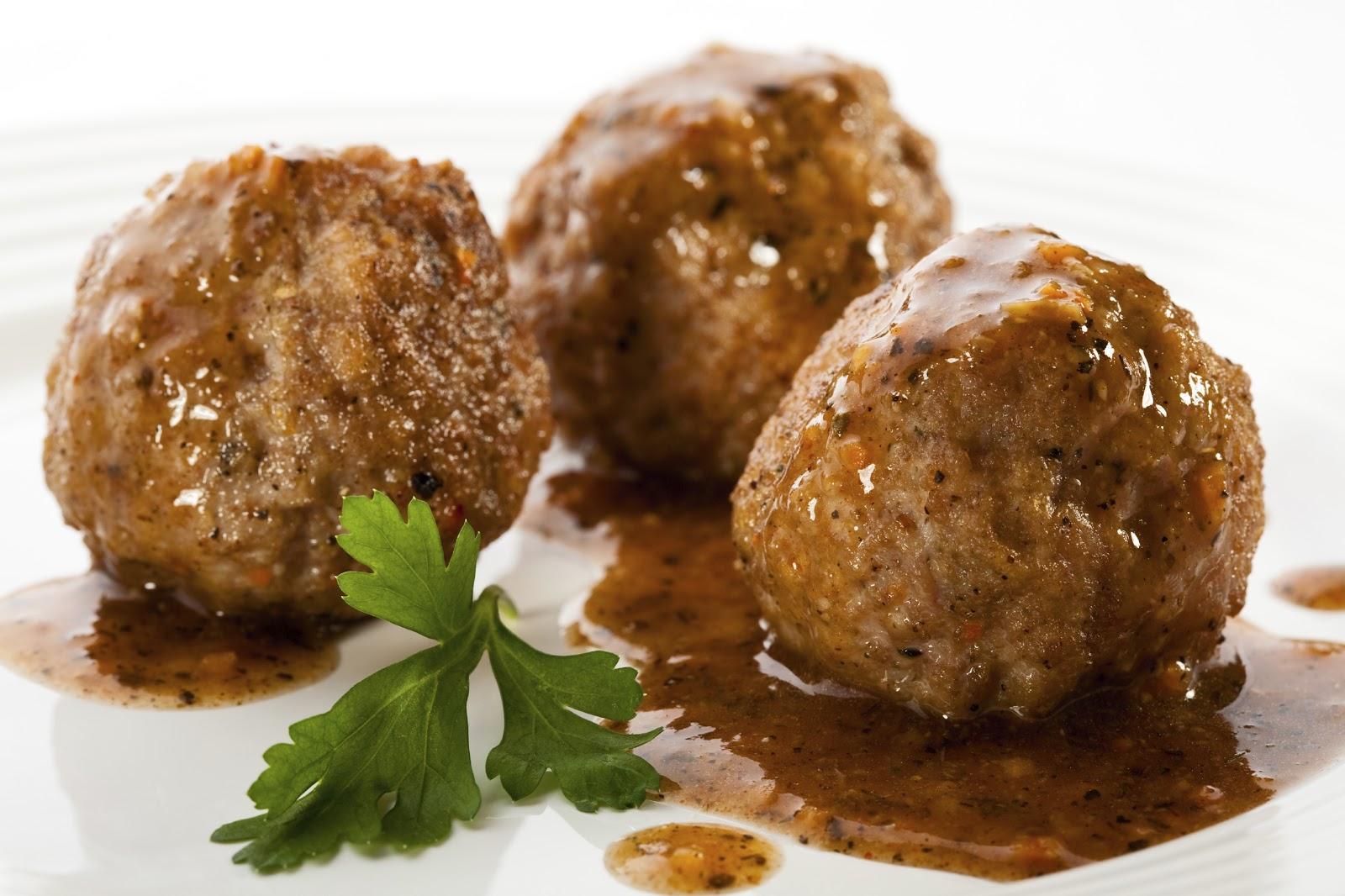 Beer:30 Garlic Jelly Meatballs