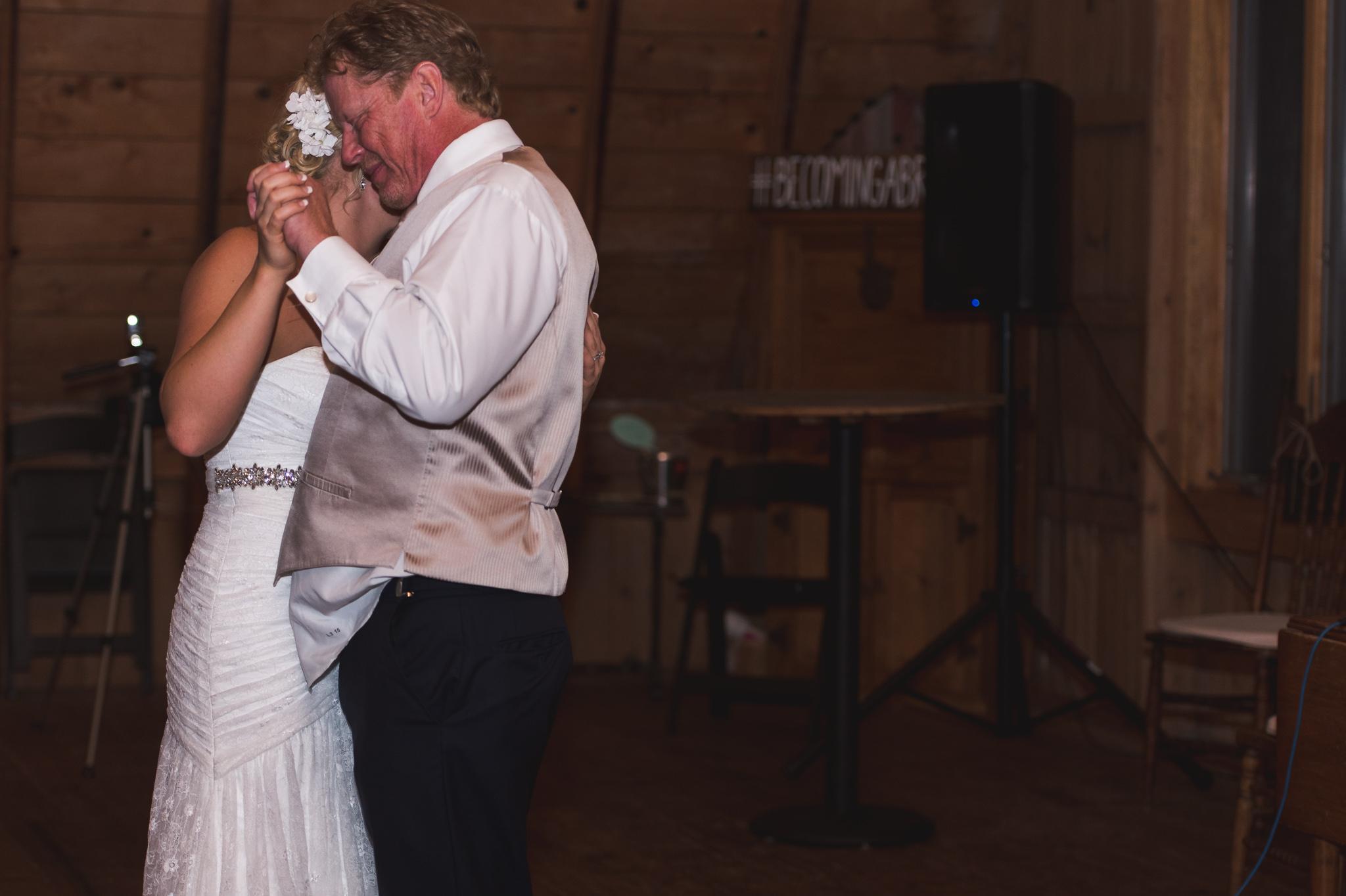 Ryan & Macy's Wedding | Fargo, North Dakota Wedding Photography | Chelsea Joy Photography