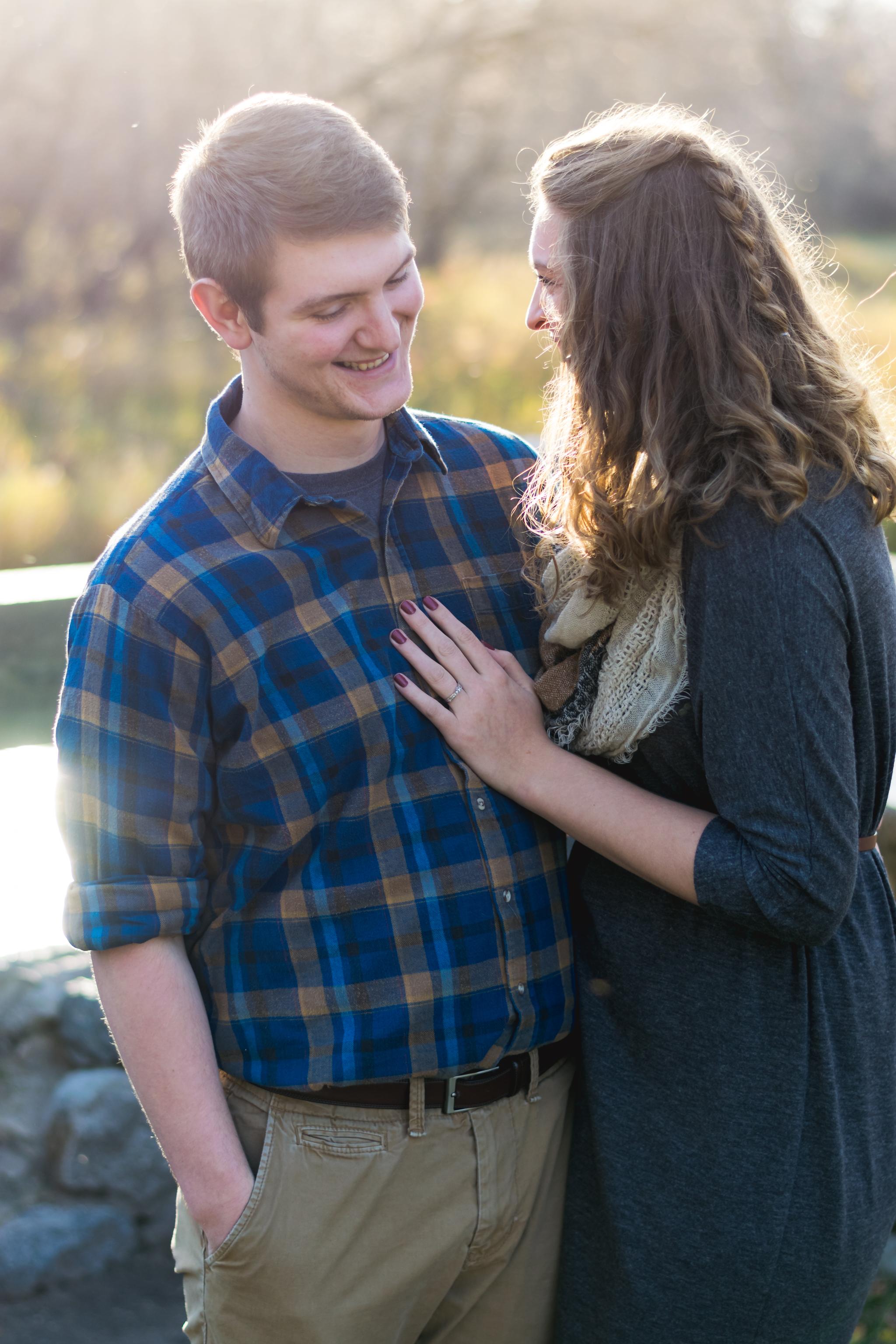 Fargo, ND Engagement Photos | Chelsea Joy Photography