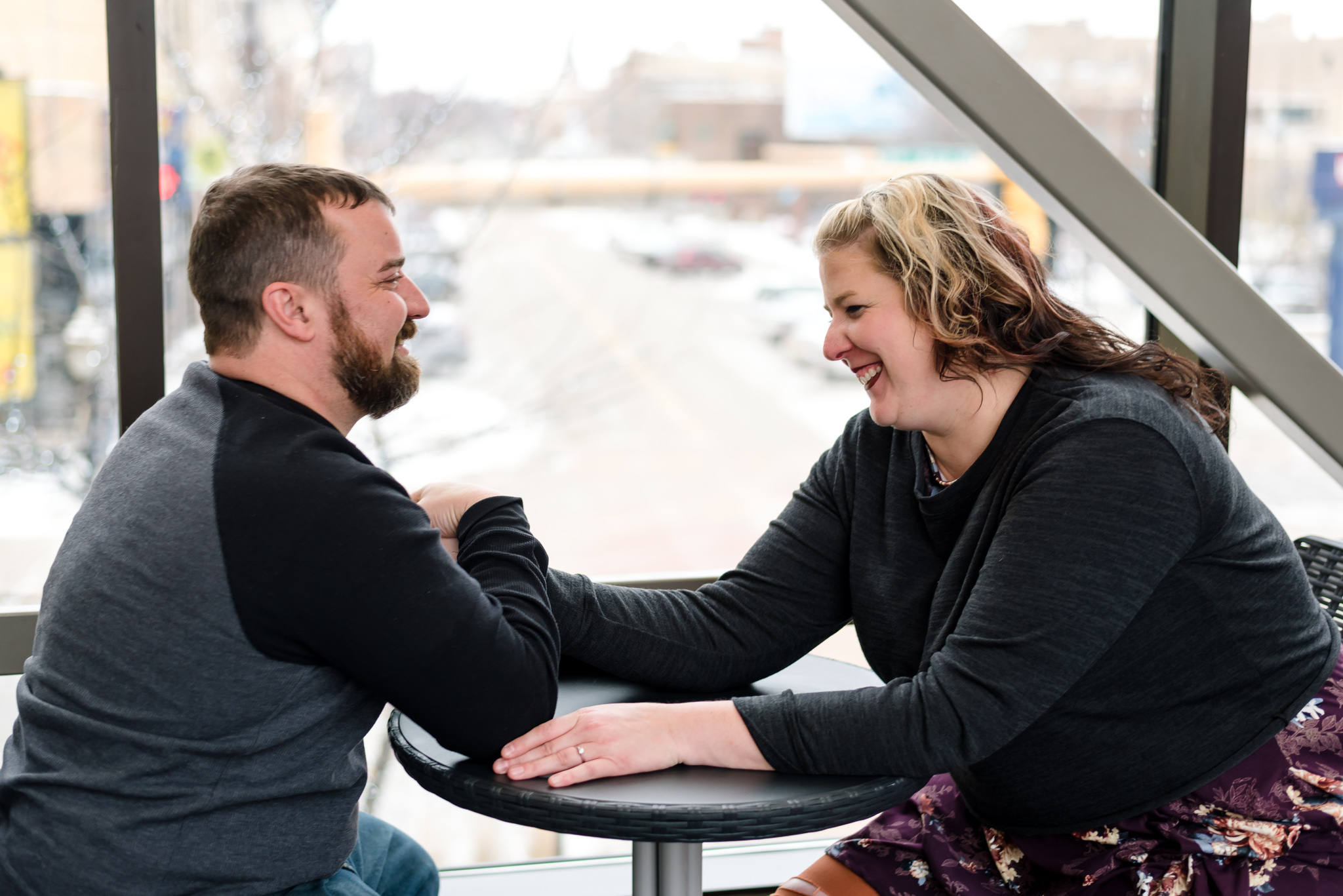 Fargo, ND Engagement Pictures   Chelsea Joy Photography