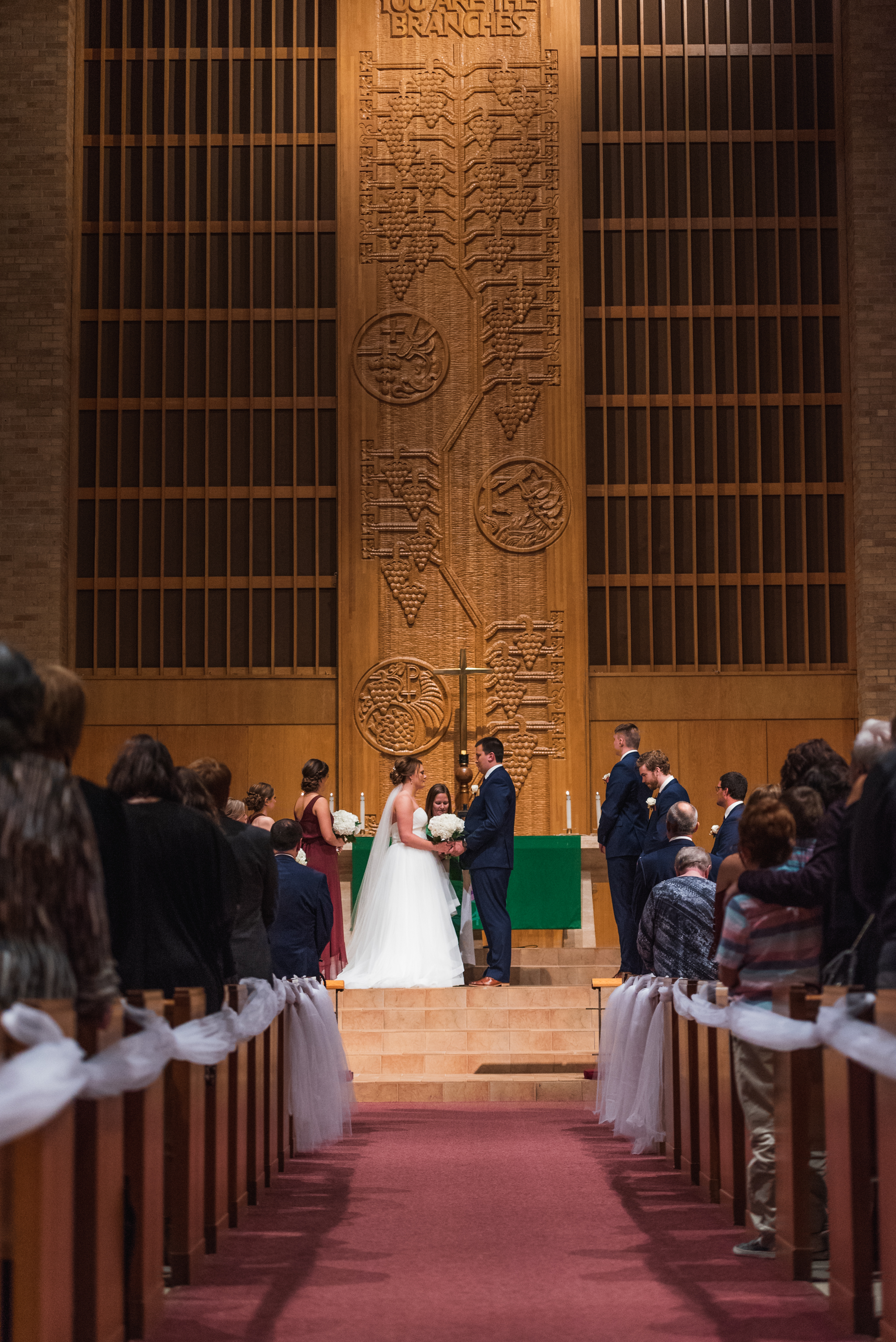 Midwest Fall Wedding | Fargo ND Wedding Photographer by Chelsea Joy Photography