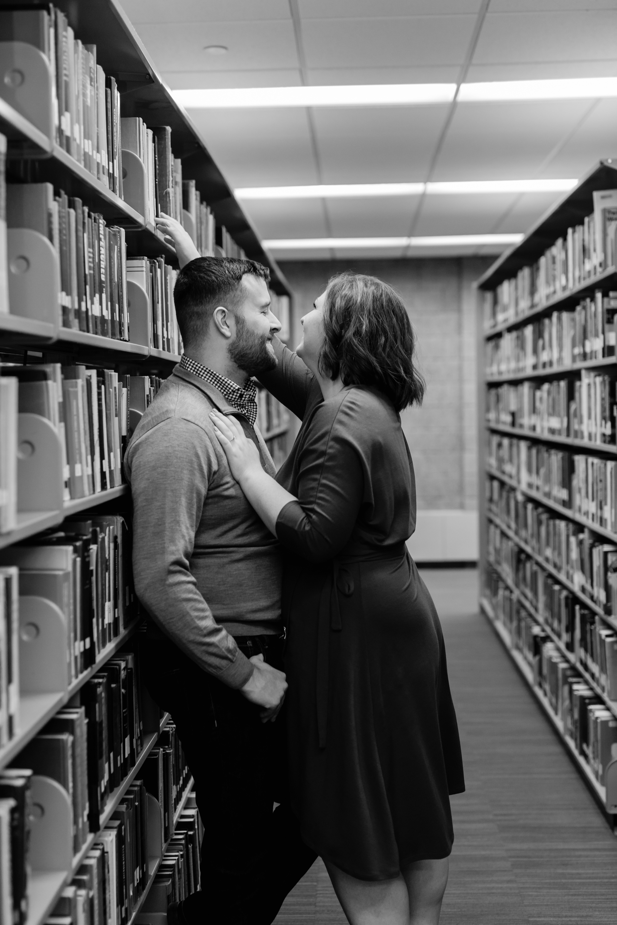 Fargo-Moorhead MSUM Library Engagement Photos | Chelsea Joy Photography