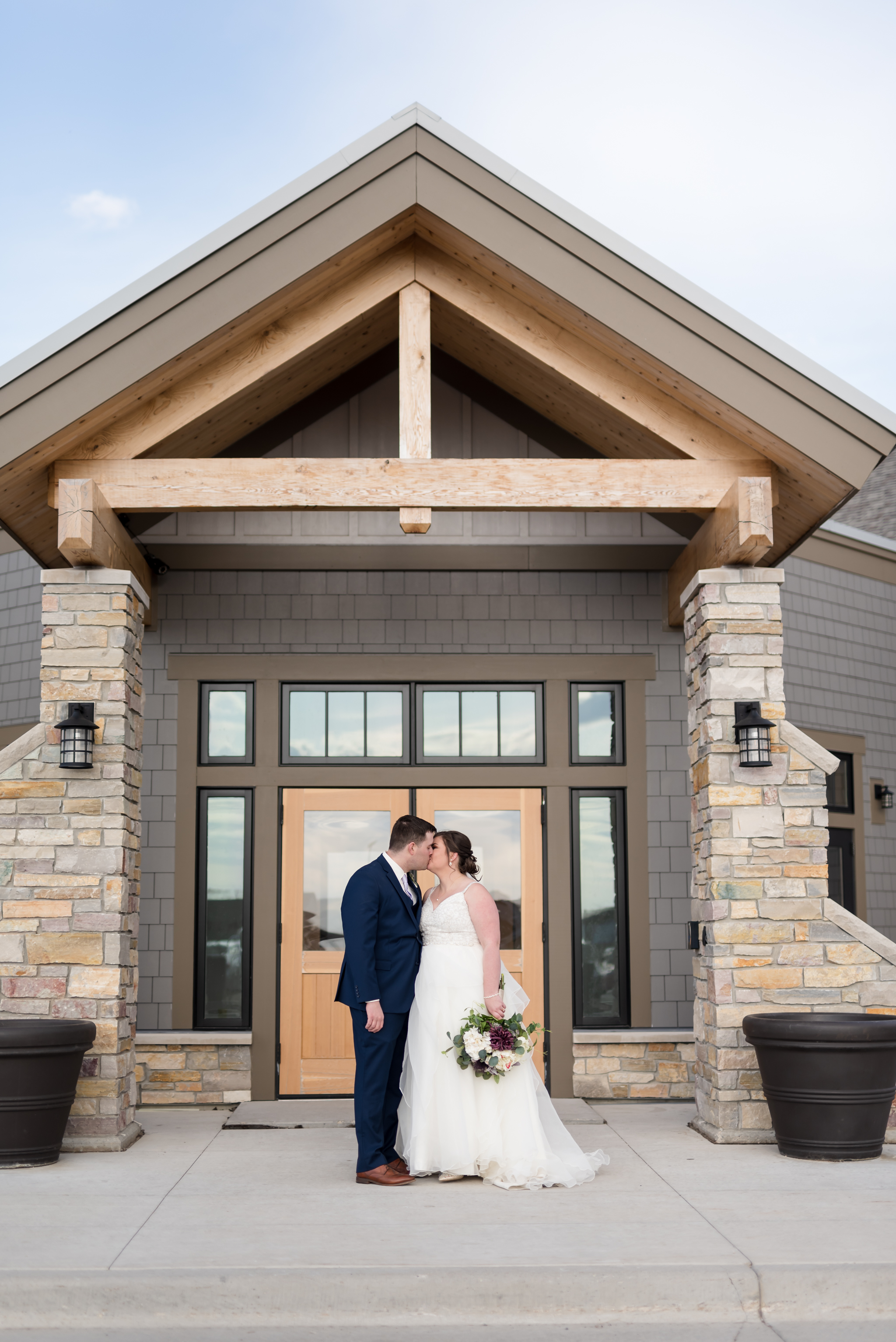 Fargo Wedding Photographer | Chelsea Joy Photography
