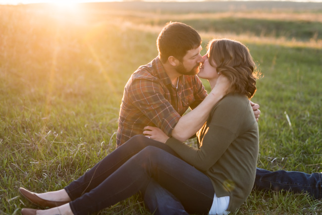 North-Dakota-Farm-Engagement-Session-37.jpg