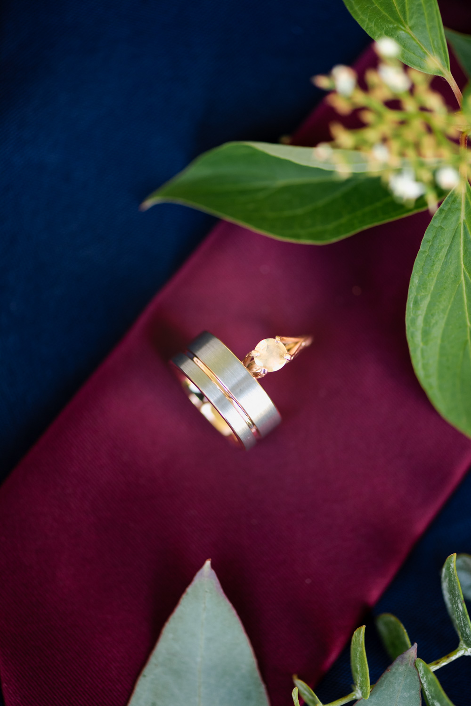 Summer Backyard Lakeside Wedding   Fargo Wedding Photographer