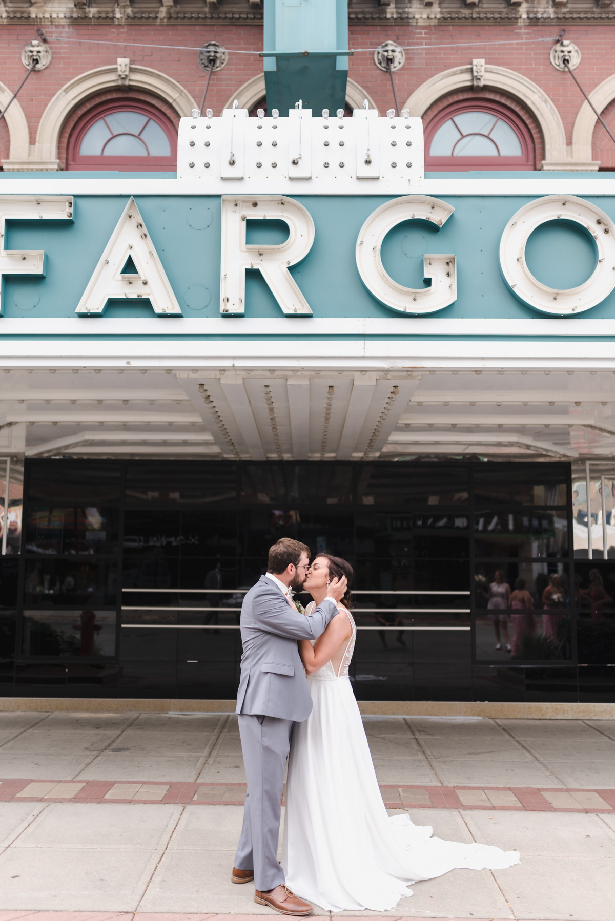 Downtown Fargo Wedding   Fargo ND Wedding Photographer