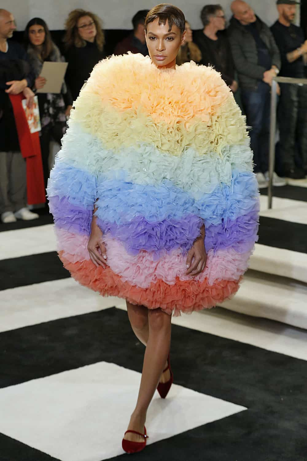 image via fashionweekdaily.com