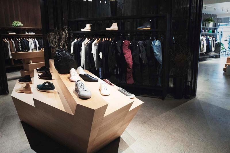 https---hypebeast.com-image-2017-12-stashed-san-francisco-store-look-02.jpg