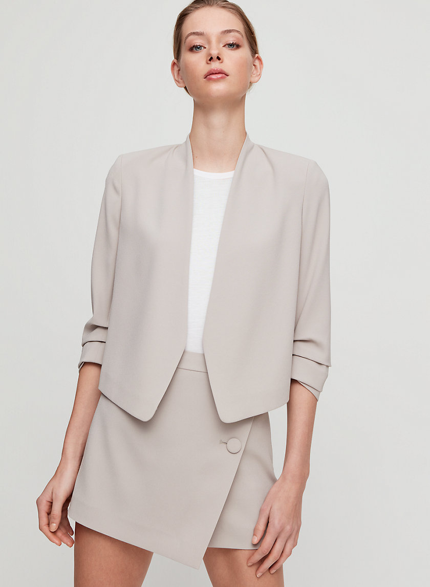 Aritzia - Short blazer