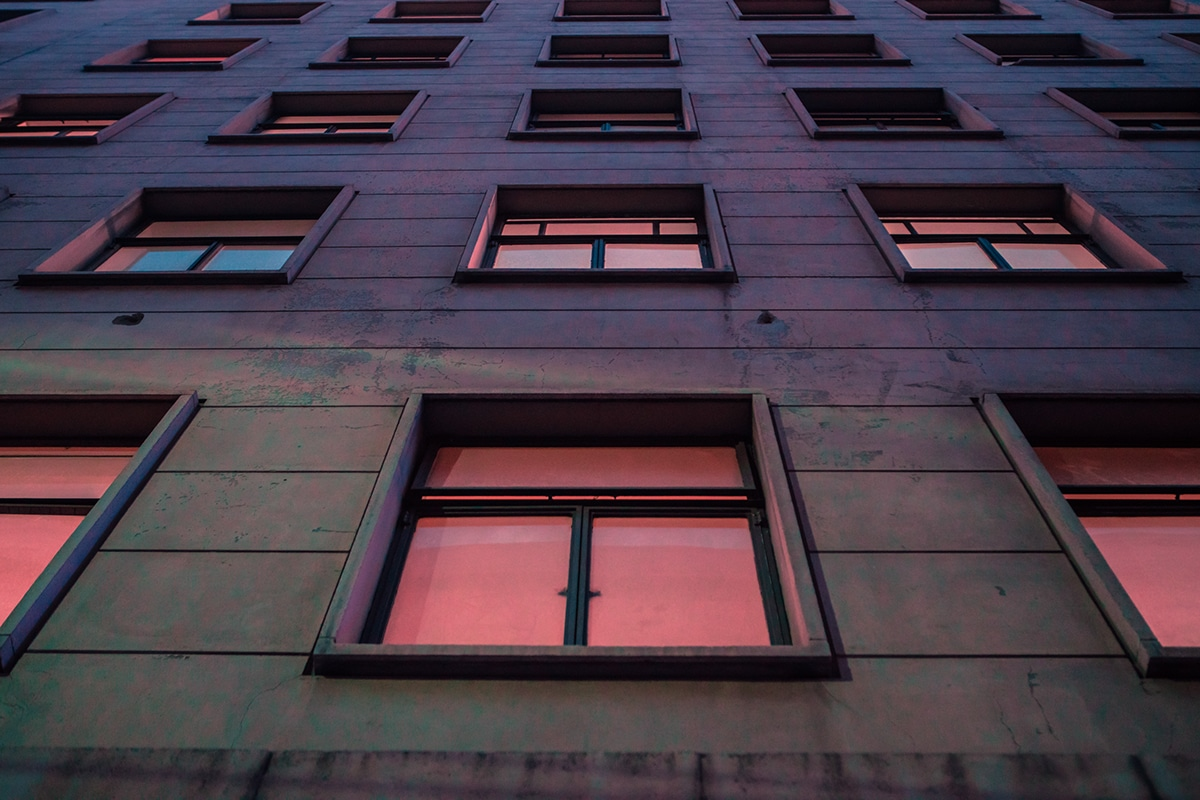 neon-nightscapes-elsa-bleda-12.jpg