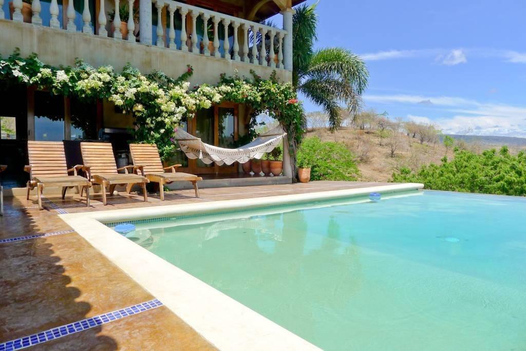 Real estate in San Juan Del Sur, 3 bedroom Colonial Syle 6.jpg