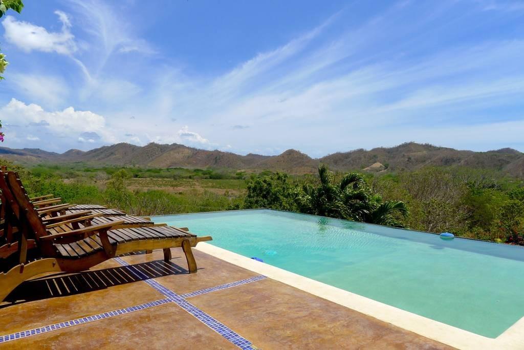 Real estate in San Juan Del Sur, 3 bedroom Colonial Syle 9.jpg