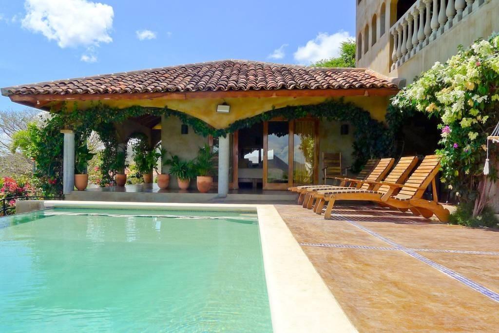 Real estate in San Juan Del Sur, 3 bedroom Colonial Syle 11.jpg