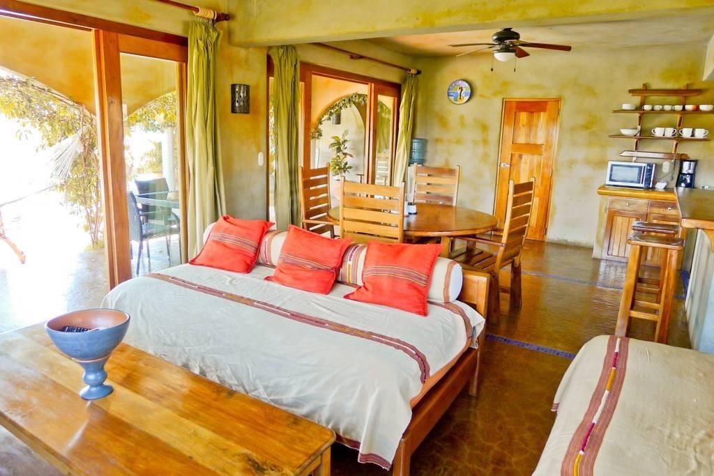 Real estate in San Juan Del Sur, 3 bedroom Colonial Syle 18.jpg