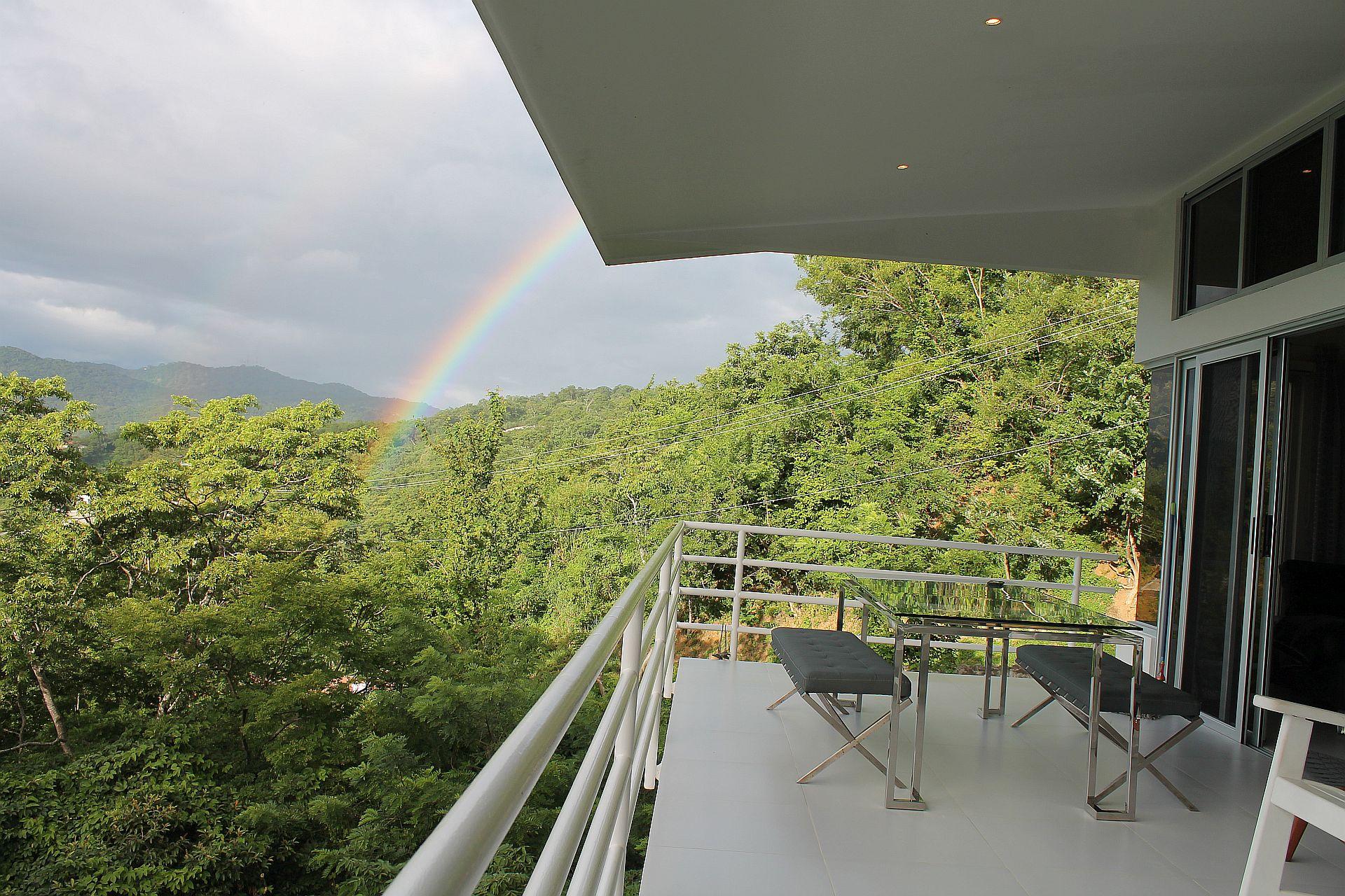 Balcony4-05.jpg