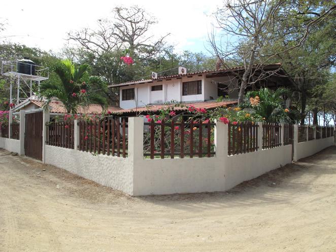 Mahagual Beach House 19.jpg