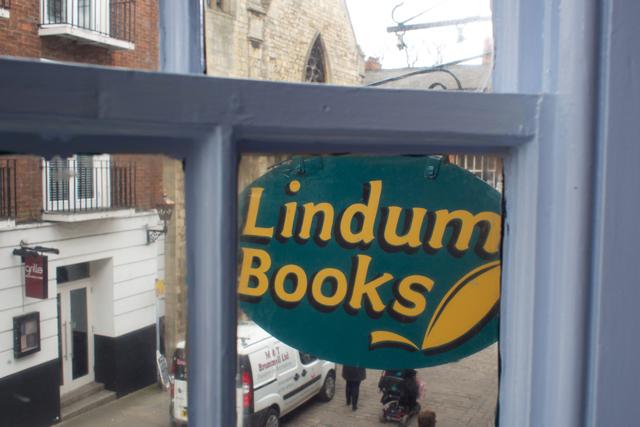 librarian-lincoln7