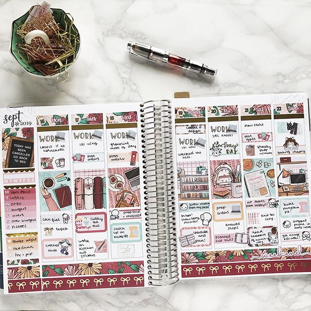 Still playing catch up in my memory keeping #erincondrenlifeplanner and I loved planning this week, the kit is Ginny by @strawberrylimedesigns her mini kits have just enough of everything for perfect white space planning! #Plannergirl #planneraddict #plannersupplies #plannercommunity #plannerstickers #planner #plannergoodies #eclp #erincondren #erincondrenlifeplanner #plannerobsessed #weloveec #lifeplanner #stationery #plannernerd #plannerjunkie #stickeraddict #happymail #etsystickers #etsy #stationeryaddict #stationerylove #memoryplanning #memoryplanner