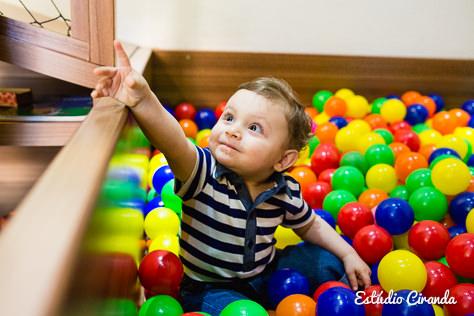aniversário de 1 ano  Festa infantil de 1 ano comemorada no salão de festas    Veja mais