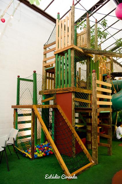 festa-infantil-estela-5-anos-buffet-la-no-quintal-10.jpg