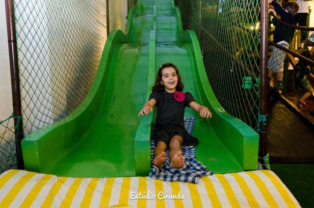 festa-infantil-estela-5-anos-buffet-la-no-quintal-27.jpg