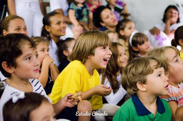 festa-infantil-estela-5-anos-buffet-la-no-quintal-35.jpg