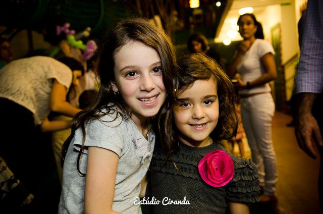 festa-infantil-estela-5-anos-buffet-la-no-quintal-53.jpg