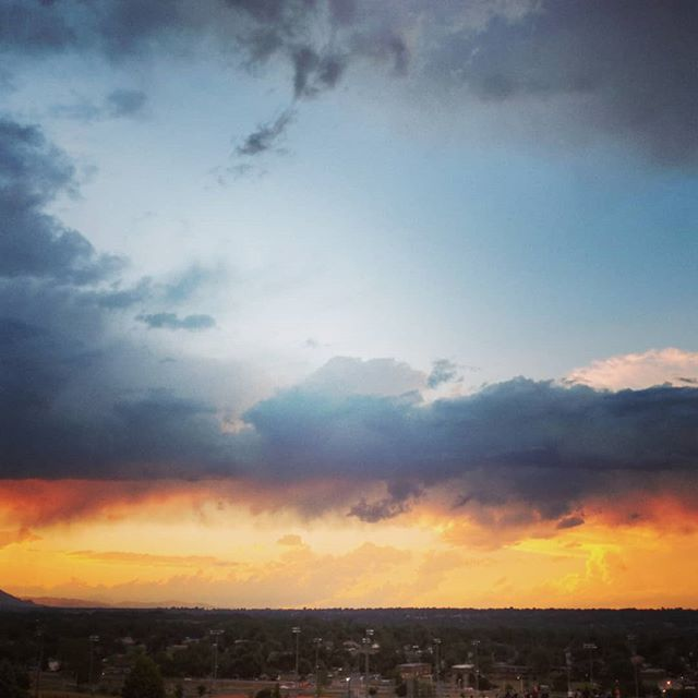 Probably my last time seeing fireworks from this spot.  On to new adventures, and new places.  #movingon #onwardandupward #butthatsunsetthough #coloradosunset #goodbyearvada #arvada #arvadacolorado #arvadafireworks