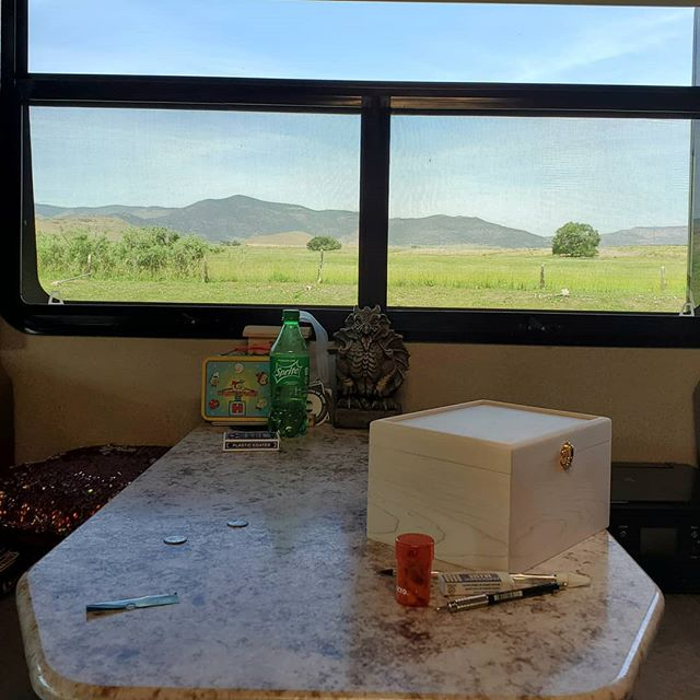 I'm starting to get used to my view for the week.  #creatingincolorado #studiowithaview #creatingcoloradoart #artontheroad #travellingartist #nomadartist #lifeontheroad #rvlife