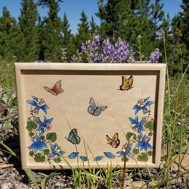 Custom ordered Colorado box.  Love creating butterflies!  #coloradoart #madeincolorado #burnedart #pyrography  #pyrographyart #customart #custommade #oneofakindart #woodburning #woodburningart #burnedbyhand #willowswitchdesigns