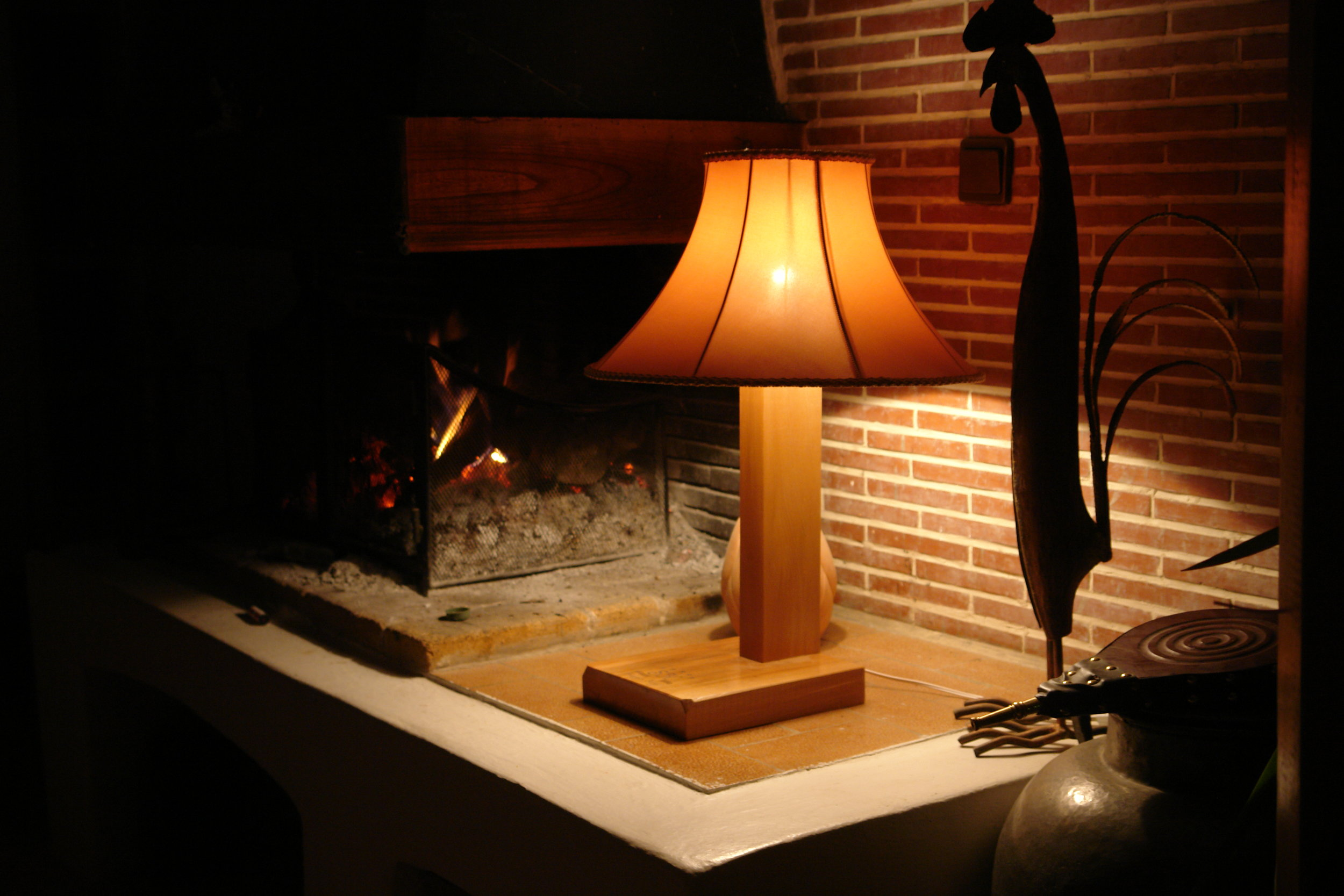 Hotel Bedside Table Lamps