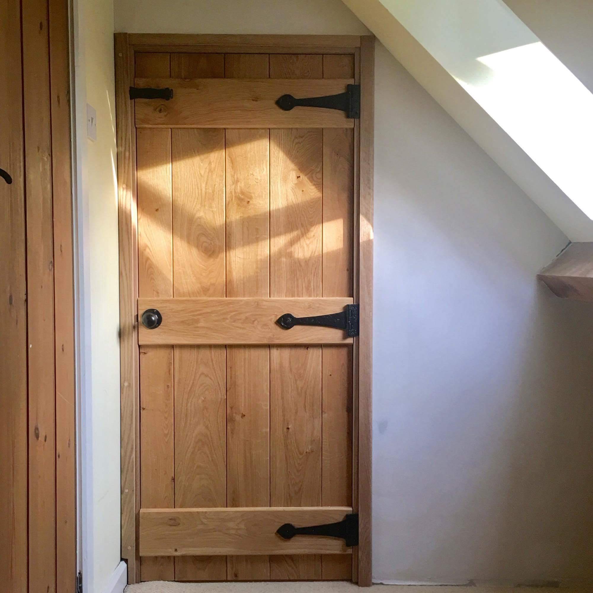 Oak Traditional Wooden Farm Door