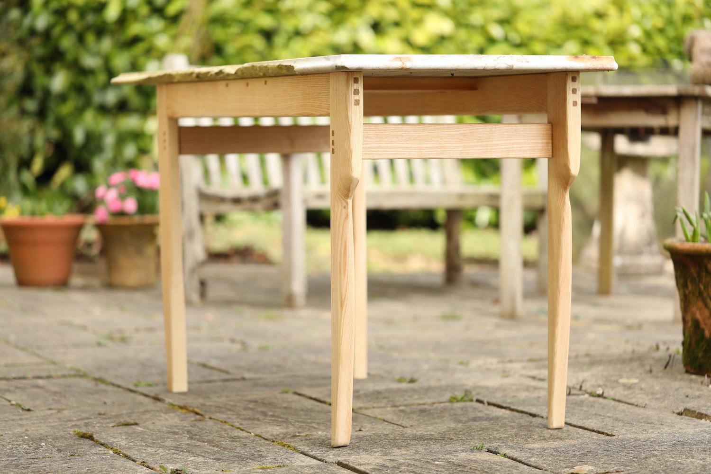 Hugh_garden_table_1.JPG