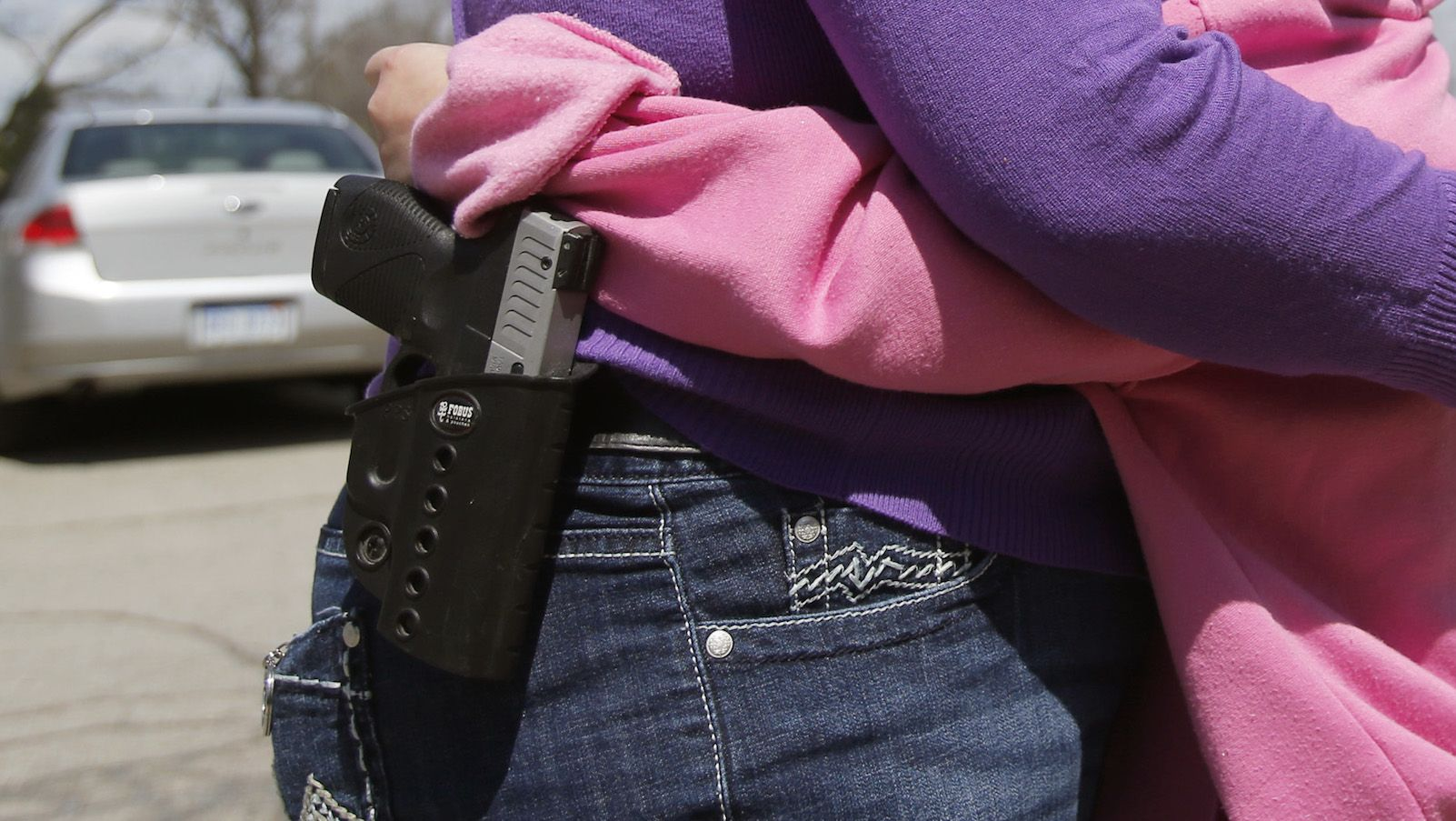 """Open carry doesn't increase public safety—it's like """"flashing around a diamond ring"""""""
