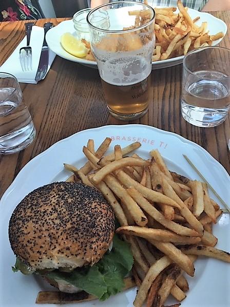 poisson et hamburger.jpg
