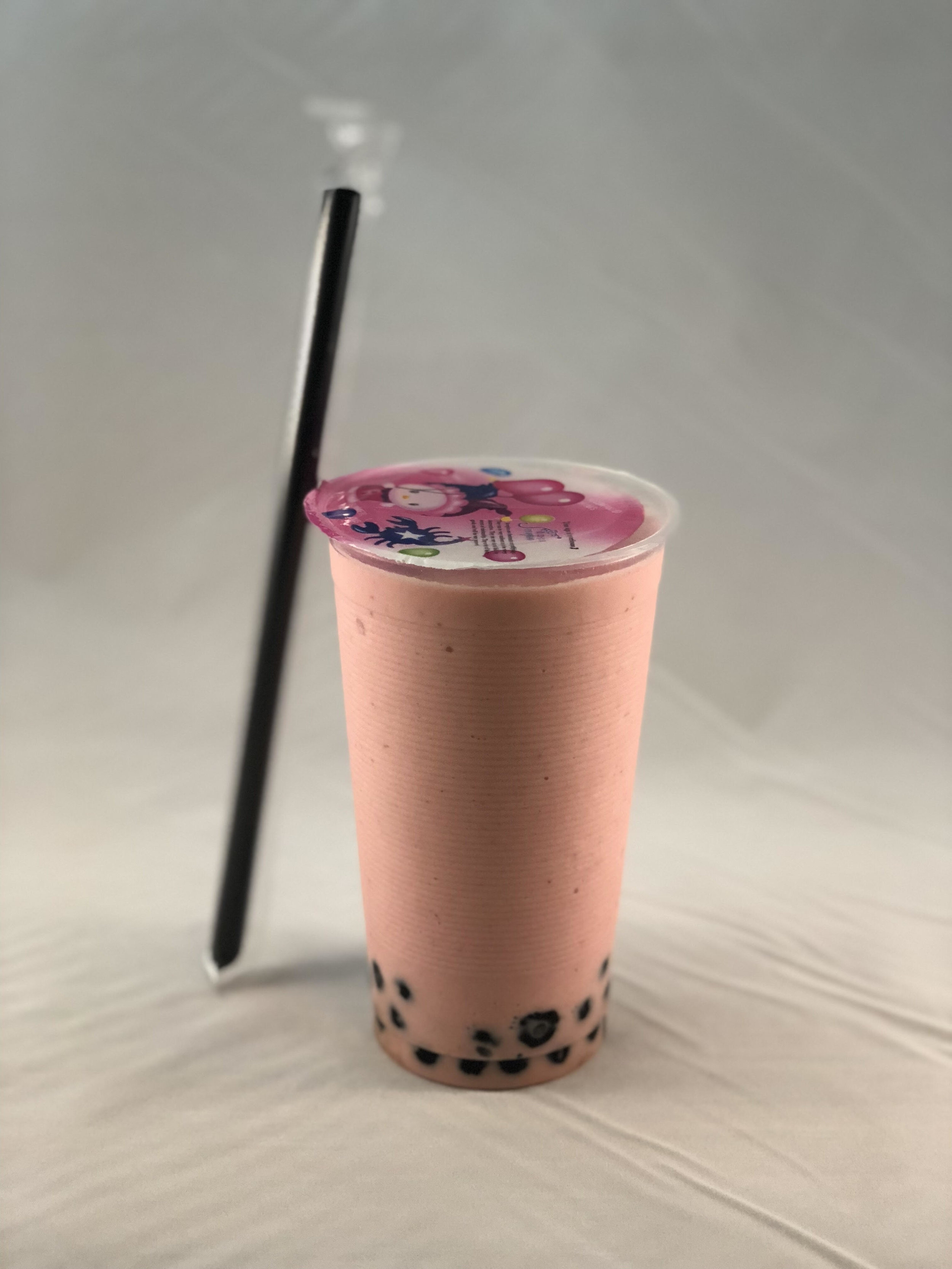 Strawberry Smoothie with Boba