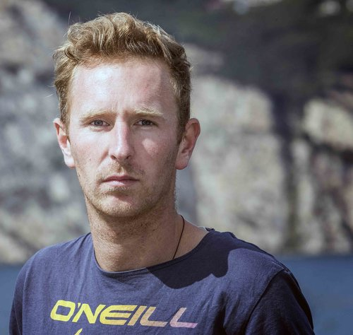 Ulrich Frank - Founder of Kite4Change. German (28), resident in Italy where he manages the water sport center Wwwind Square. The Lake Garda winters turn out to be a great time to travel. As a result, Uli has crossed the Atlantic, learned to speak many languages, does all water sports and fell in love with Cape Verde years ago.
