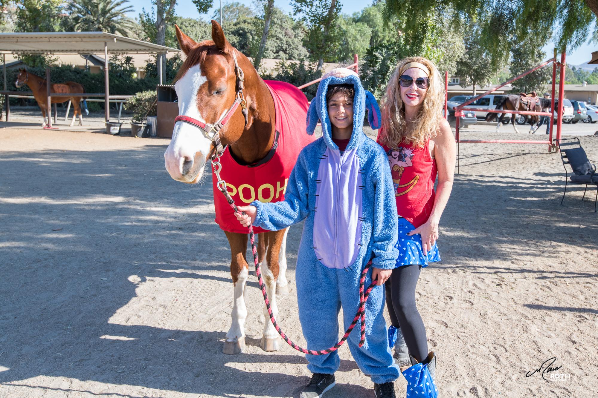 102817_Horsey_Halloween_002.jpg